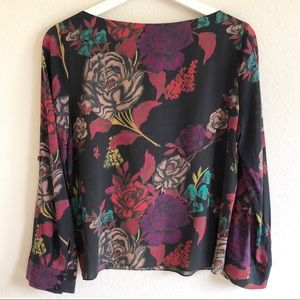 Alice + Olivia Tops - Alice + Olivia Floral Print Long Sleeve Top
